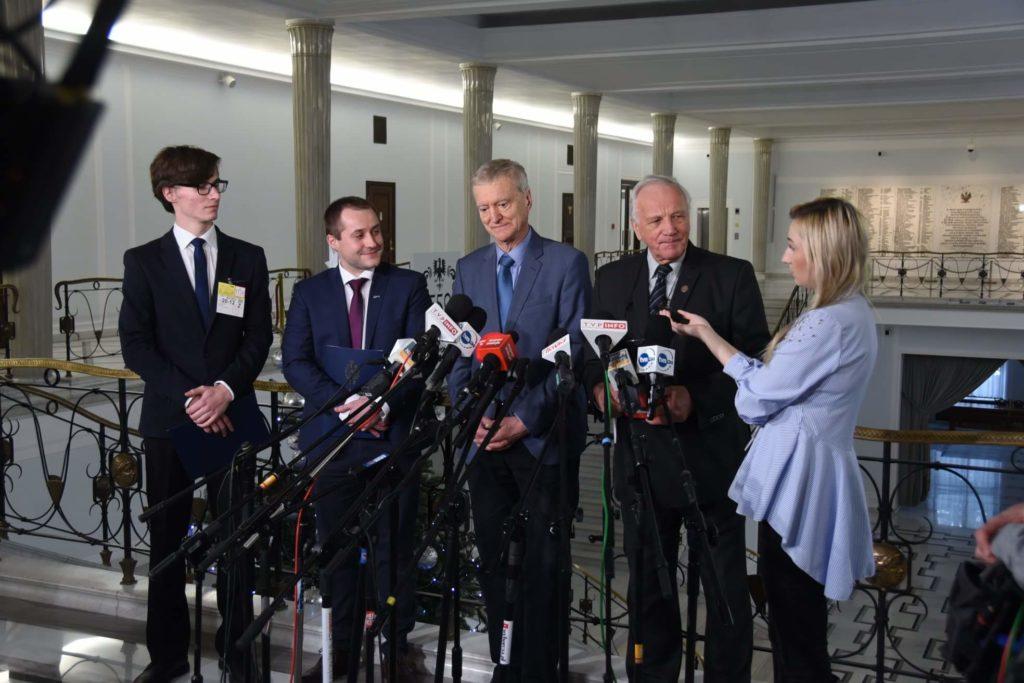Konferencja prasowa dotycząca inicjatywy apelu o wysłanie Polaka w kosmos